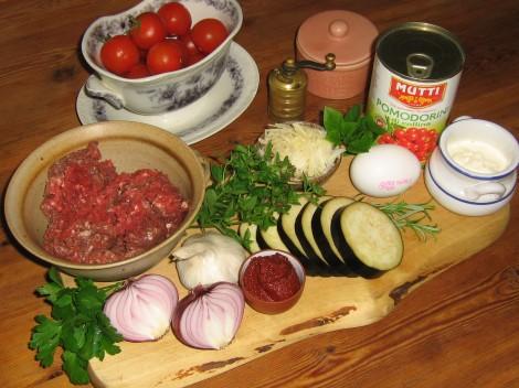 Ingredienser till en Svensk Moussaka
