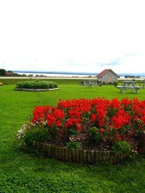 Vacker vy över Storsjön och Oviksfjällen från Jordgubbslandet