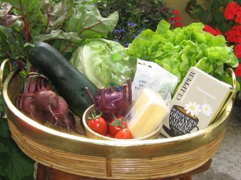 Ekologiska Grönsaker och Jordnötter, Clipper's Kamomillthe, Halloumi från Oviken Ost