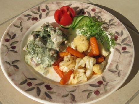 Dillkött med Smörstekta Morötter och Blomkål