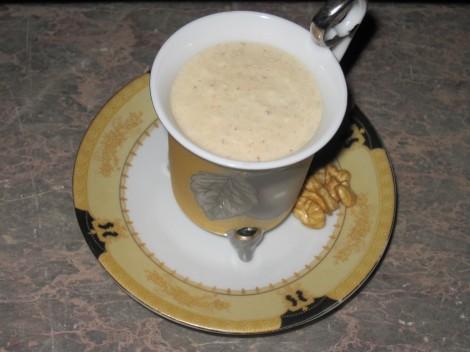 Moccacrème med Valnötter till dessert