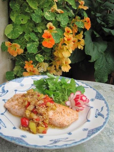 Lax med Sesamstekta grönsaker