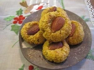 Mandelkakor med saffran och kokos