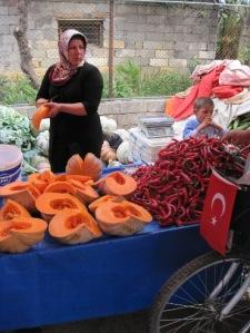 Pumpa och Chili på Söndagsmarknaden i Alanya