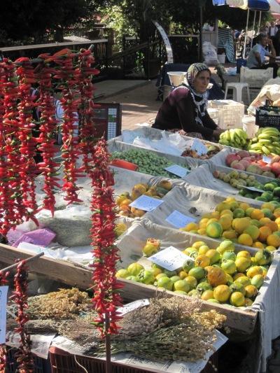 Chiligirlanger på Fredagsmarknaden i Alanya