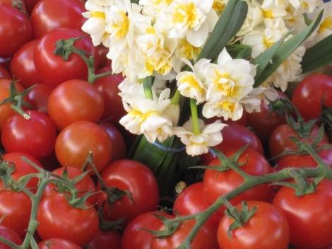 Tomater och tazetter