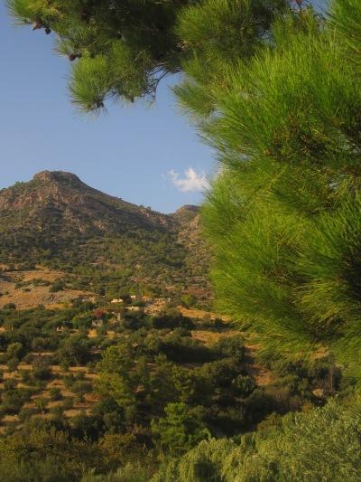 Utsikt från vår uteplats på Aspros Potamos
