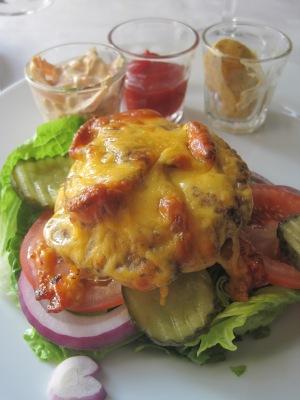 Lunch på Rica Hell Hotell