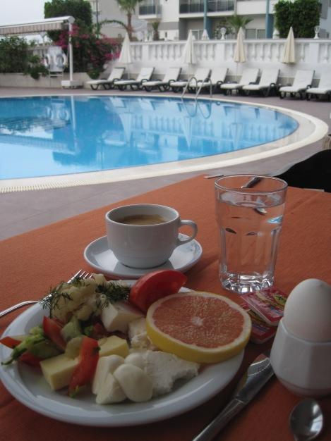 Frukost på Azak Hotell i Alanya