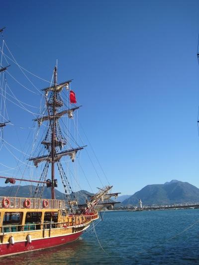 Båthamnen i Alanya