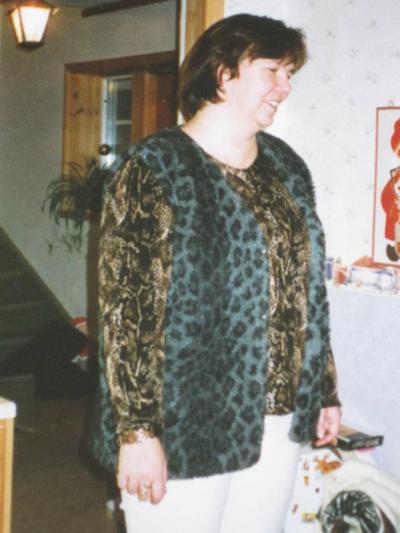 Birgitta Höglund innan steloperationen av ryggen