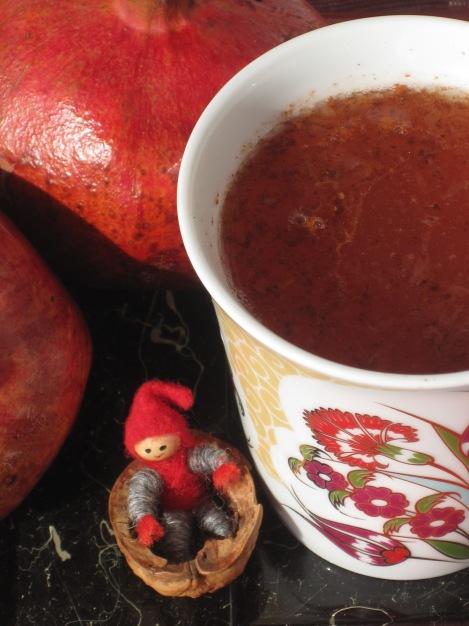 När Tomten själv får välja, blir det granatäpple i drinken...