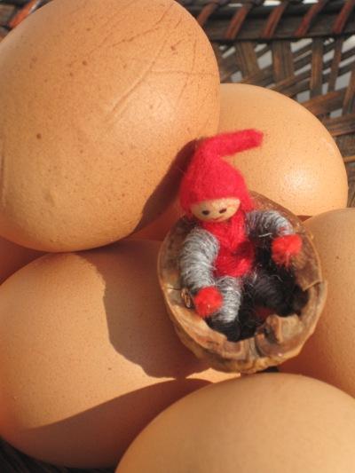Tomten gillar ägg till sin sill...