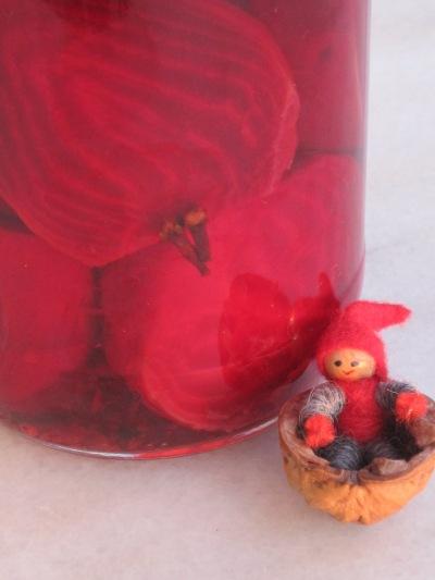 Tomten tycker om gammaldags rödbetor klicka på bilden så kommer du till receptet...
