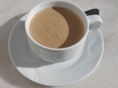 Fetkaffe med kakao och kardemumma
