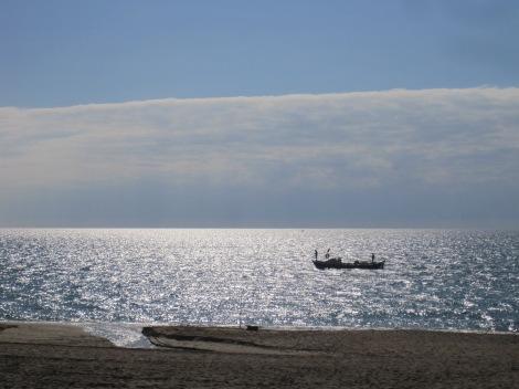 Fiskebåt vid Kleopatrastranden