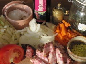 Ingredienser till vitkålssoppa