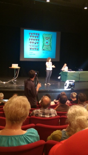 Ann Fernholm föreläser...