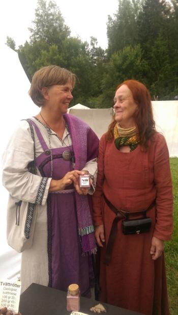 Birgitta Höglund och Tina Johansson