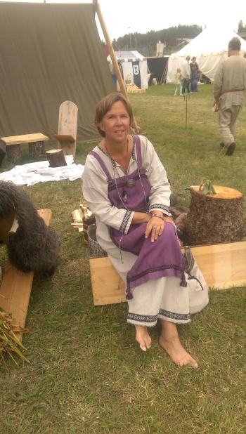 Birgitta Höglund på Vikingamarknad