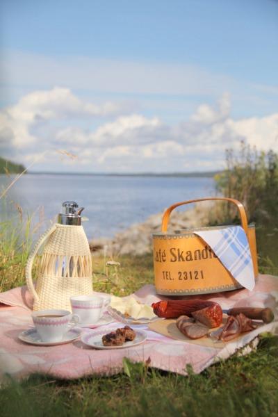 Kaffepaus vid Storsjön, Jämtland Foto Mikael Eriksson