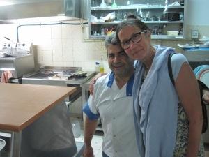 """Min """"tvilling"""" Giorgios på Restaurang Gabbiano med Mona. Han och jag är födda på samma dag, samma år och båda köksmästare..."""