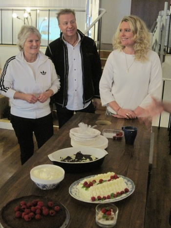 Eva Magnusson, Börje Karlsson och Lindha Vikström på Ecocaféet