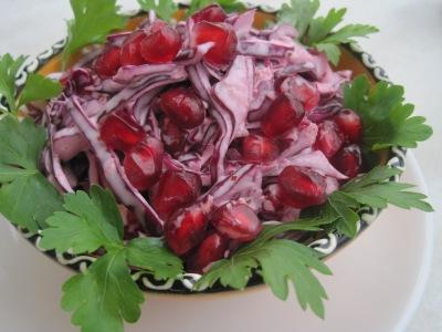 Röd coleslaw med ingefära