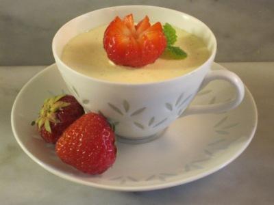 Vaniljparfait med jordgubbar