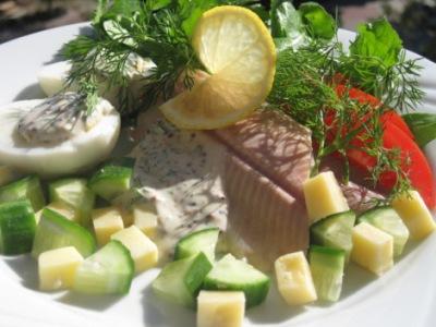 Rökt fisk med senapssås