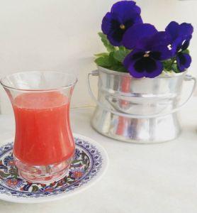 Shot med citron, blodapelsin och ingefära